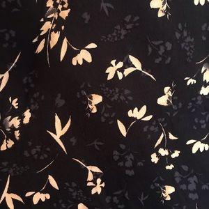 GAP Dresses - NWOT Gap Size M Navy Floral Ruffle Wrap Dress